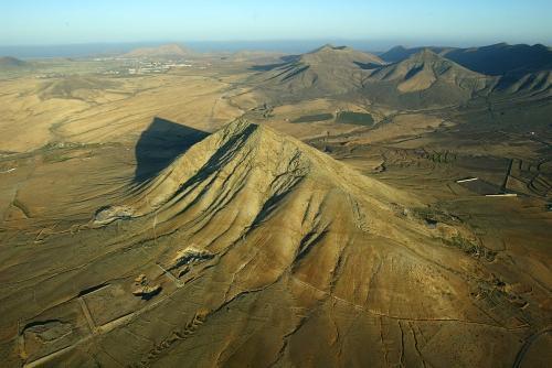 """Ahora Canarias exige que se de """"carpetazo definitivo"""" al proyecto de Chillida en la montaña de Tindaya"""
